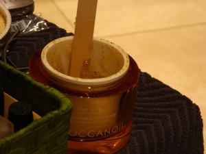Moroccanoil orange scrub in the jar...